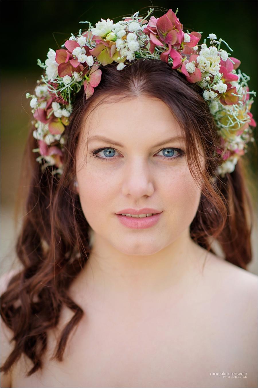Fabienne Klamandt romantischer Look Sedcard Portrait