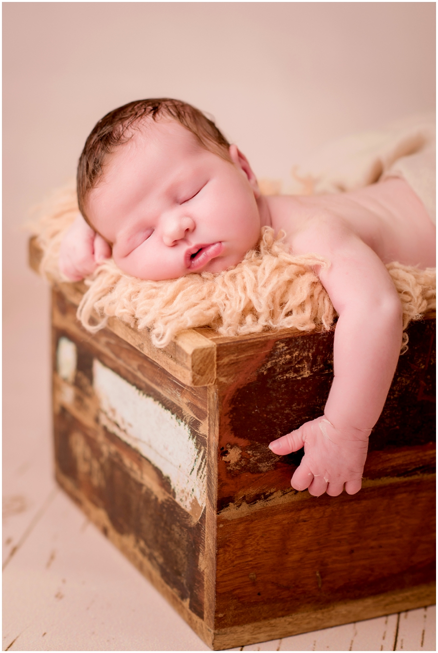 Neugeborenen-Fotografie-Karlsruhe-Monja-Kantenwein_
