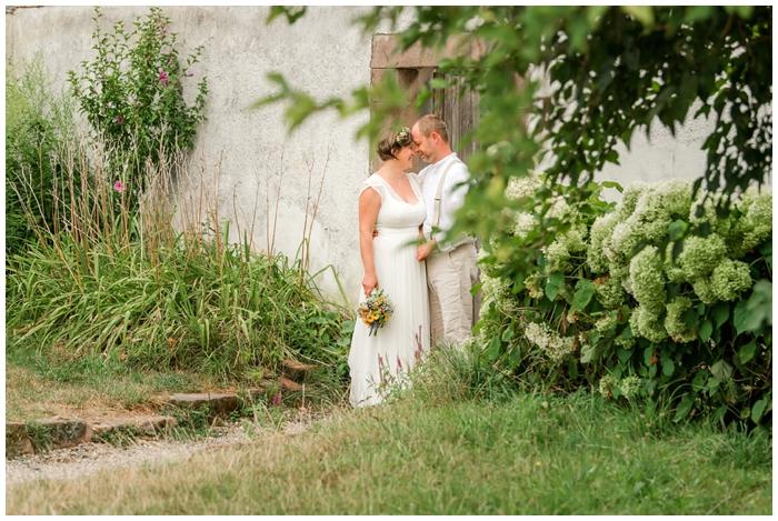 Hochzeitslocation-Marienhof-bei-Offenburg-Brautpaar