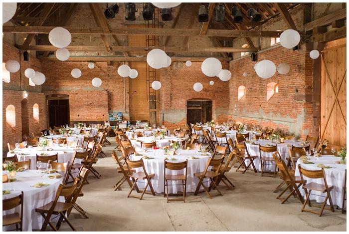 Hochzeitslocation-Marienhof-bei-Offenburg-Tischdekoration